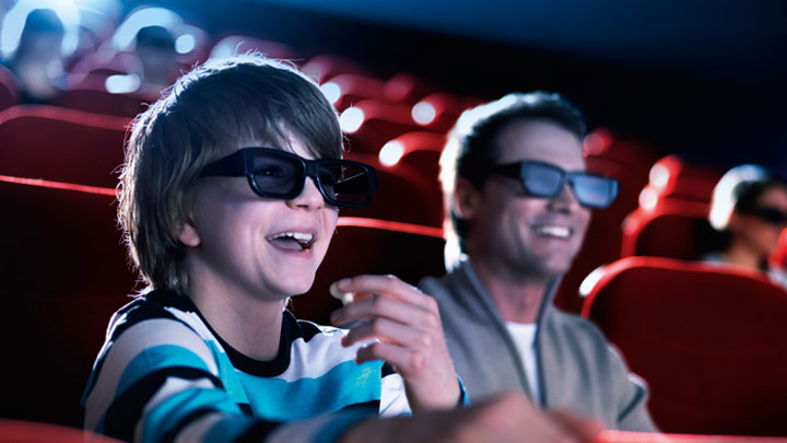 people enjoying the possibilities of a 3d cinema