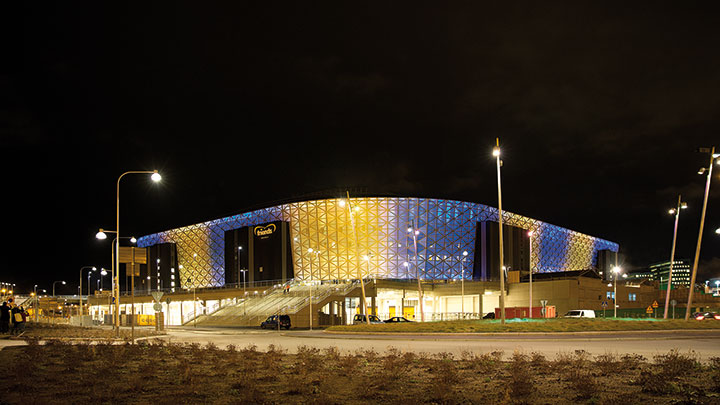 Attractive exterior lighting at Friends Arena, Sweden with Philips architectural lighting
